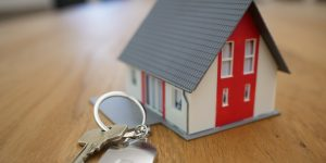 Disadvantages of Selling Your Home the Traditional